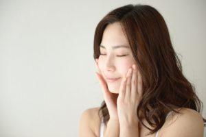 ミルキーホワイトクリームは5秒で肌の透明感がアップする